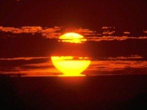 Encore une superbe journée qui s'achève... coucher_de_soleil-300x225